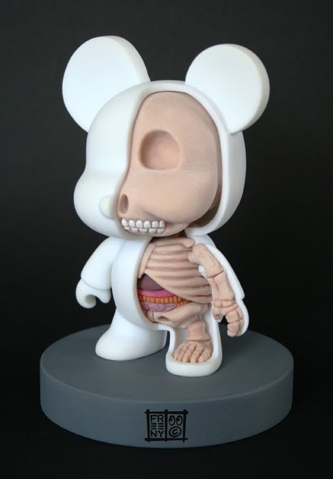 Qee-Bear-Anatomie-Jason-Freeny-Sculpture-Geekorner