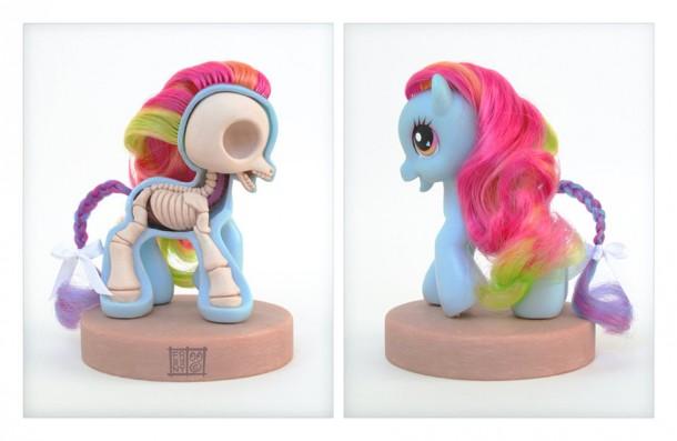my-little-pony-petit-poney-Anatomie-Jason-Freeny-Sculpture-Geekorner
