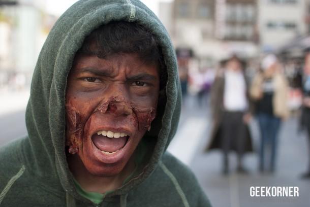 Marche Zombies Walk Montreal 2012 - Geekorner - 039